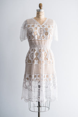 1970's Embroidered Lace Crochet Dress- S/M