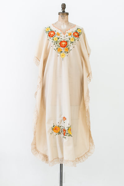 1970s Vintage Embroidered Kaftan - M/L
