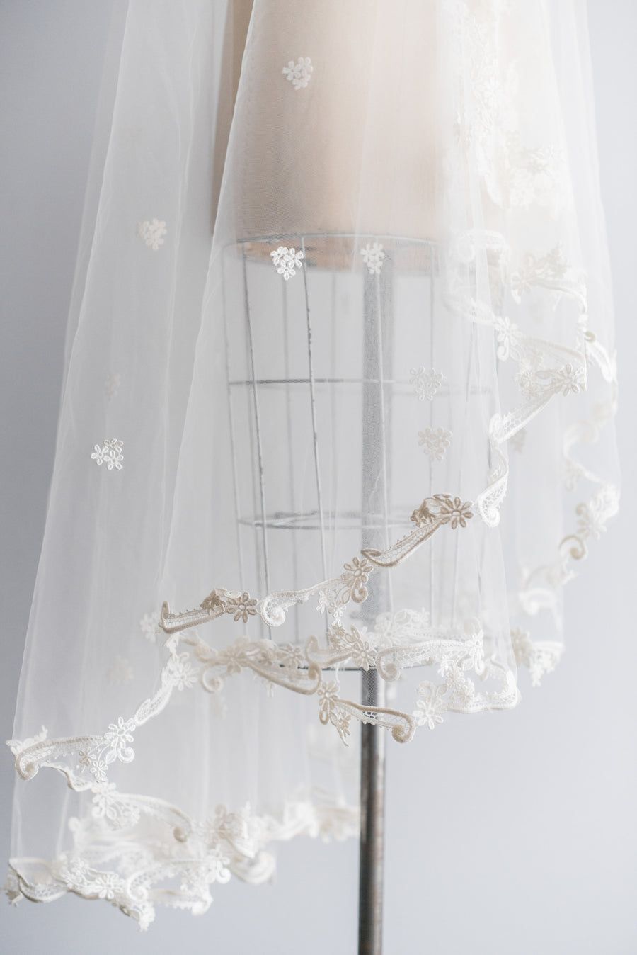 1970's Tulle Lace Applique Veil - Waltz Length