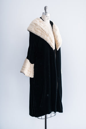 1930s Saks Fifth Ave Silk Velvet Opera Coat with Mink Collar and Sleeves - M/L