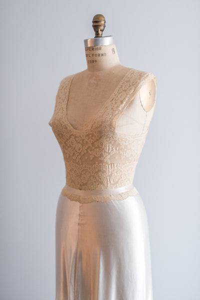 1930's Valenciennes Lace and Satin Negligee - S/M