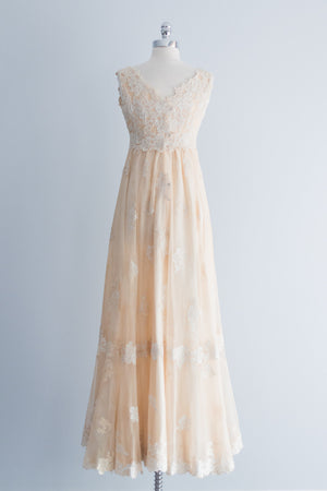 1960s Lace Gown with Cape XS/S