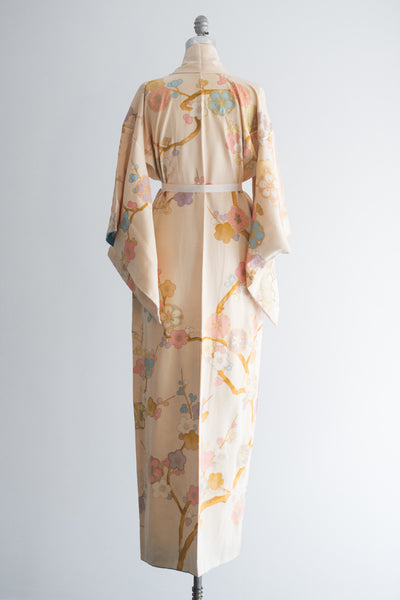 1940s Light Yellow/Ivory Floral Silk Crepe Kimono - One Size
