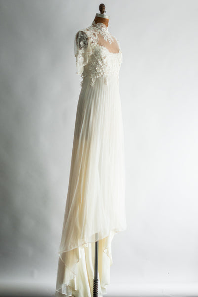 1960s Lace Applique Pleated Gown - S/M