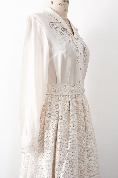 1950s Silk Embroidered Cutout Top - M