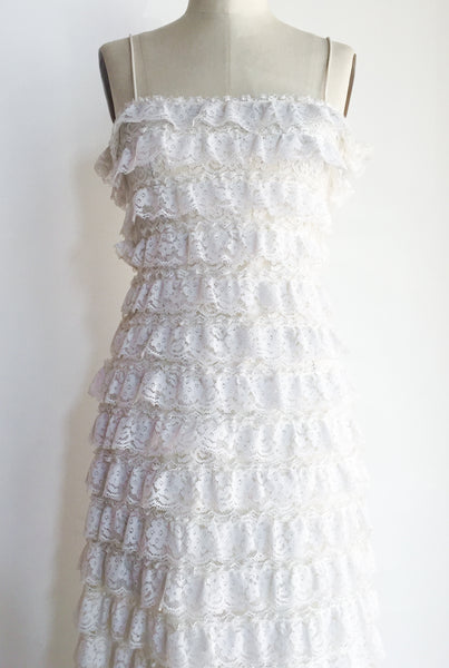 1970s White Lace Tiered Gown - S