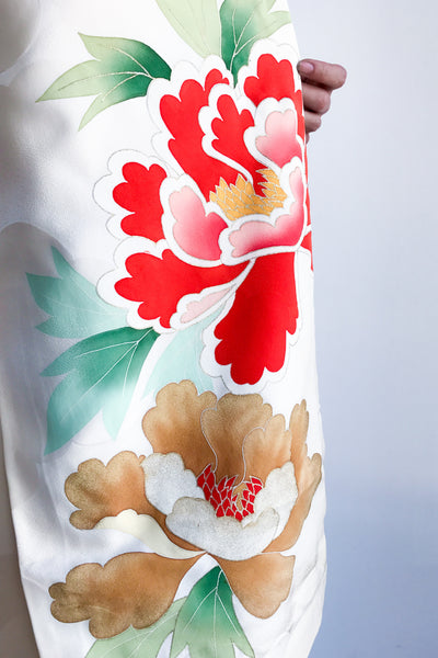 Vintage Silk Kimono with Large Detaile Flowers - One Size