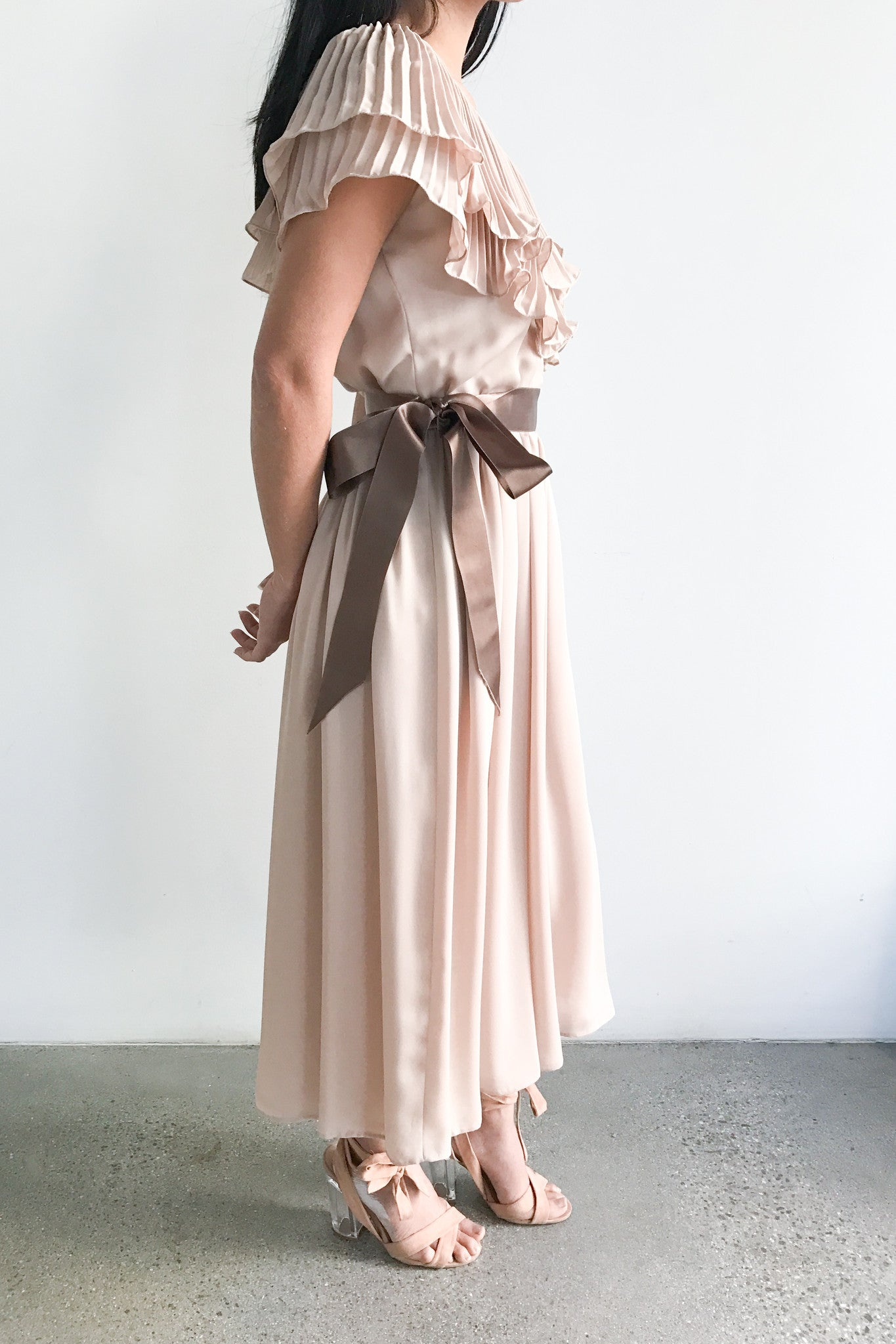 1960s Nude/Peach Chiffon Round Neck Gown - S/M - G O S S A