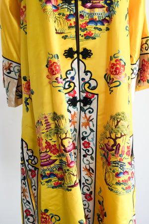 Vintage Yellow Silk Embroidered Robe - M