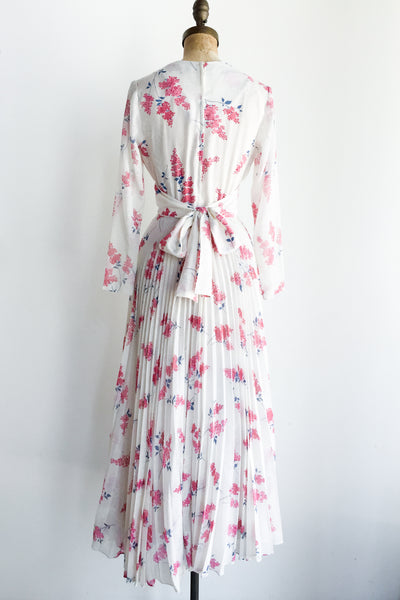 1970s Pleated Cotton Floral Maxi Dress - S/M