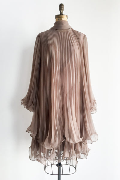 1960s Taupe Pleated Chiffon Trapeze Dress - S/M