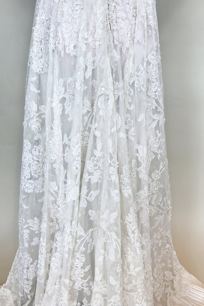 Vintage Sheer Lyon Lace Wedding Gown - S/M