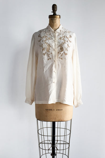 1950s Silk Embroidered  Cutout Top - S/M
