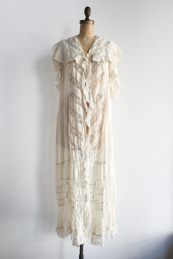 Edwardian Silk Dressing Gown - One Size | G O S S A M E R