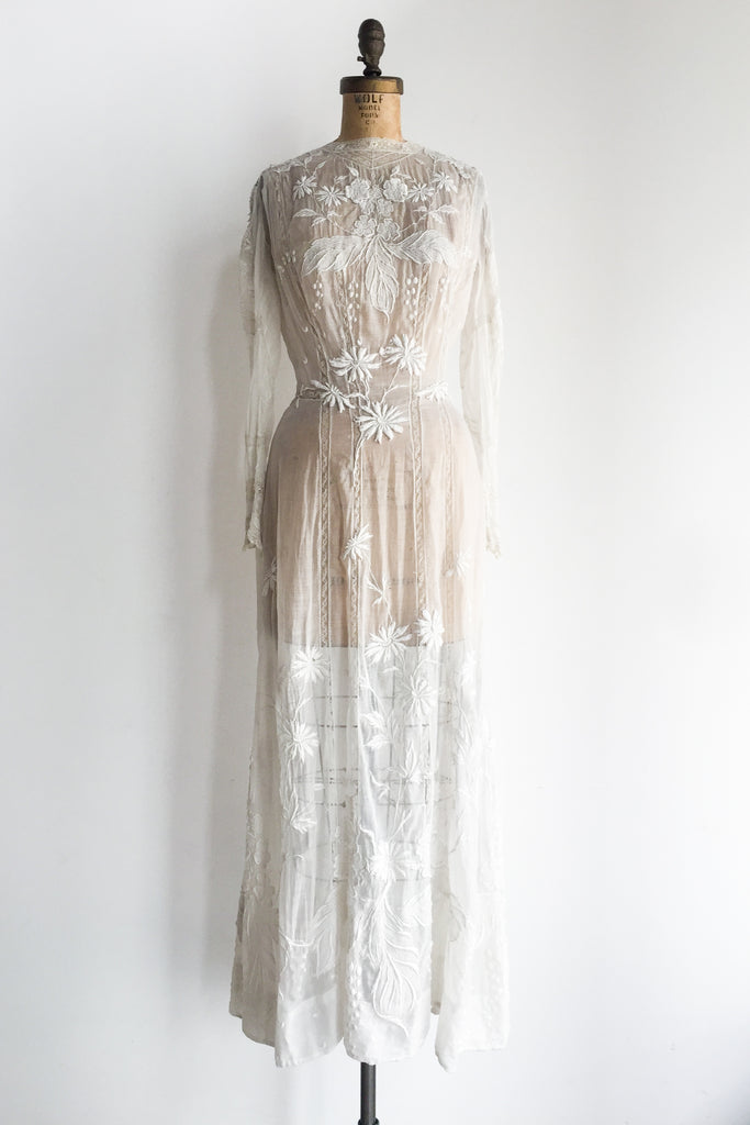 a462b3a2b4 Antique Edwardian Embroidered Lawn Dress - XS/S   G O S S A M E R