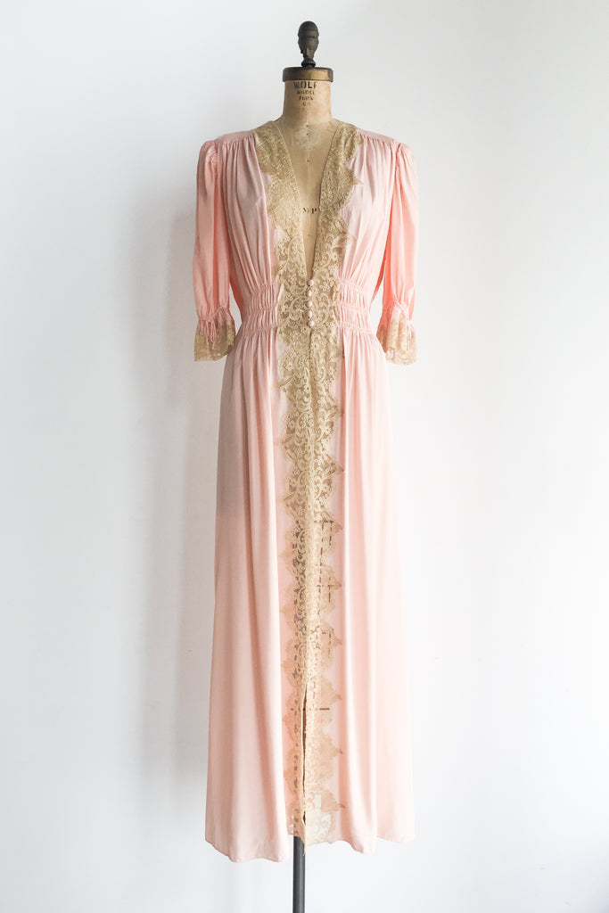 1940s Peachy Pink Rayon and Lace Dressing Gown - S/M ...