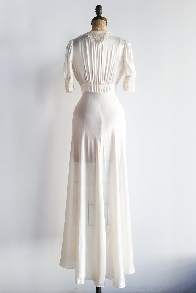 1930s Ivory Satin and Lace Dressing Gown - XS/S ...