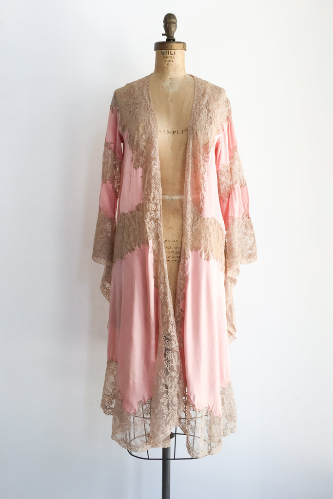 1930s Pink Silk Charmeuse with Ecru Lace Dressing Gown - XS S ... ecf1e25b3