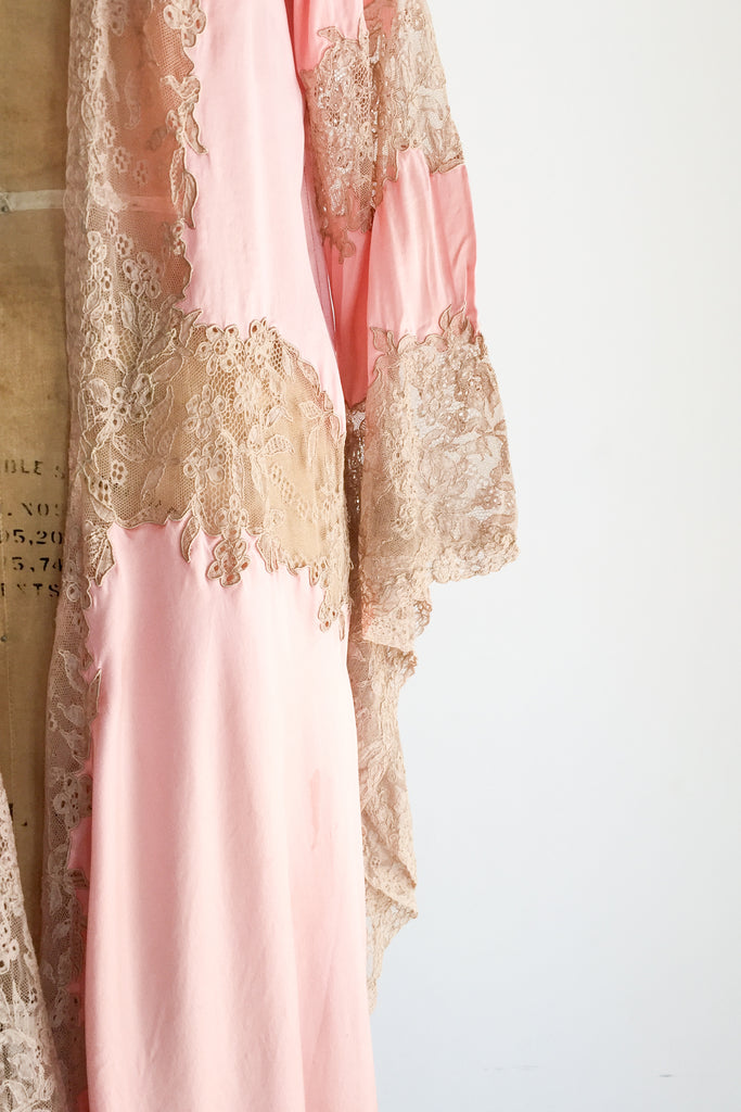 ... 1930s Pink Silk Charmeuse with Ecru Lace Dressing Gown - XS S ... eb8f0ce28