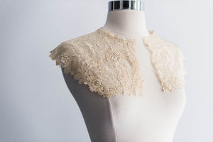 [SOLD] Antique Point De Gaze/Brussels Lace Collar
