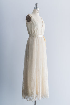 1970s Embroidered Lace Dress - M