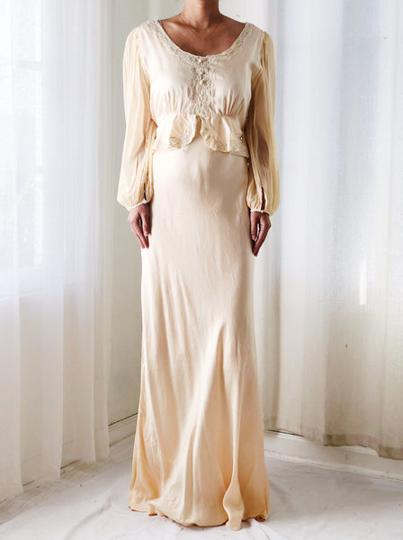 1930s Peach Silk Gown with Poet Sleeve - S/M