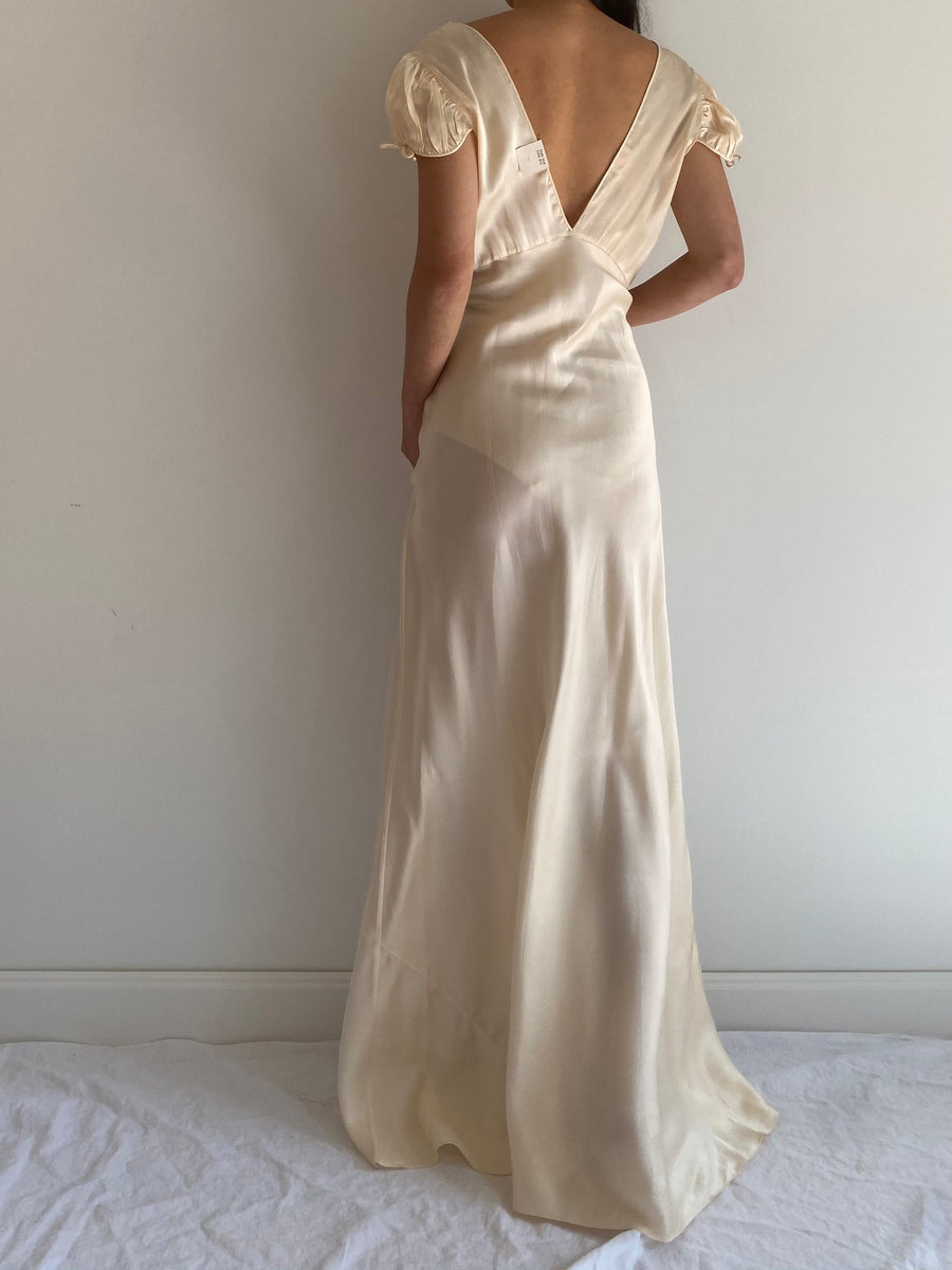 1930s Ivory Silk Cap Sleeves Gown - S