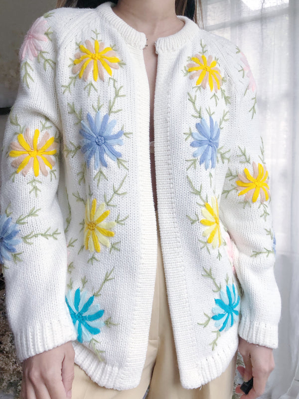 Vintage Cream Embroidered Cardigan - M