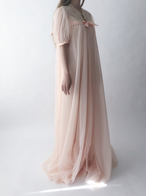 1950s/60s Peach Rose Nylon Duster/Dressing Gown - One Size