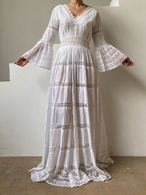 1970s Cotton and Lace Pintucked Gown - XS/S