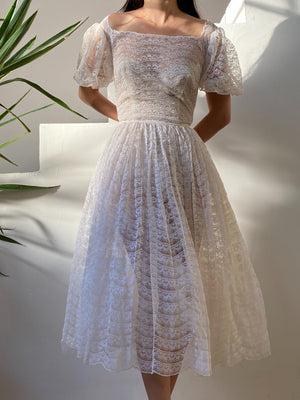1950s Cream Lace and Tulle Gown - XS