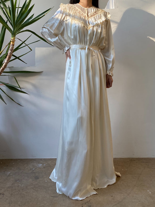 1940s Ivory Satin Dressing Gown - OSFM