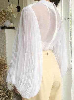 Vintage White Pleated Chiffon Top - S/M