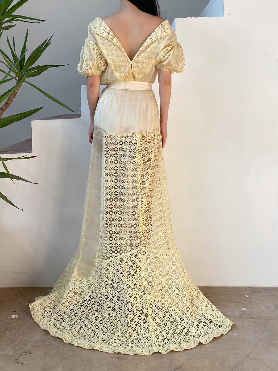 1930s Light Yellow Puff Sleeves Organdy Eyelet Gown - S/M