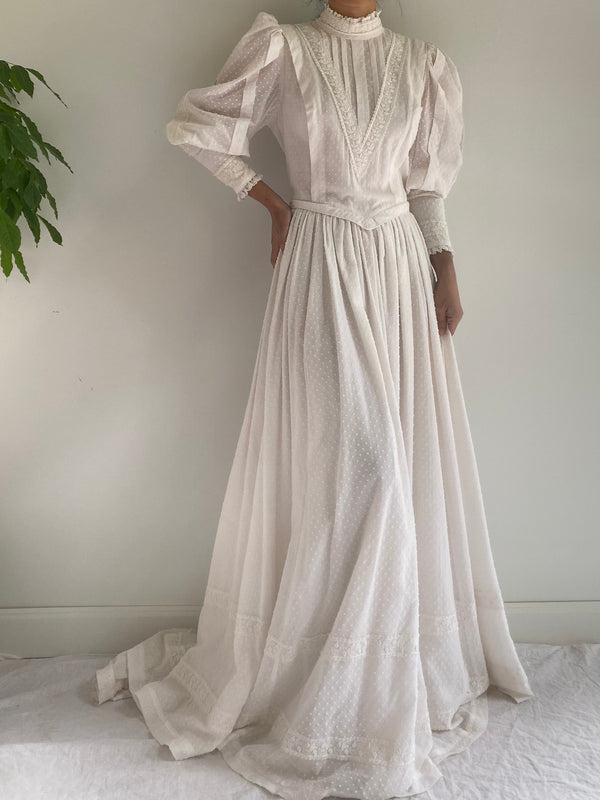 1970s Puff Sleeves Dotted Cotton Prairie Wedding Gown - M