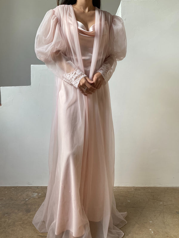 1960s Pink Nylon Mutton Sleeves Dressing Gown - OSFM