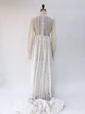 1970s Daisy Lace Applique Gown - S/M