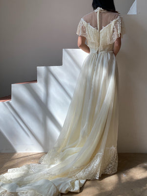 1980s Victoriana Lace and Chiffon Gown - S