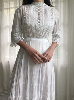 Antique 3/4 Sleeve Embroidered Dress - XXS