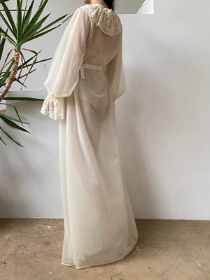 Vintage Ivory Poet Sleeve Dressing Robe - One Size