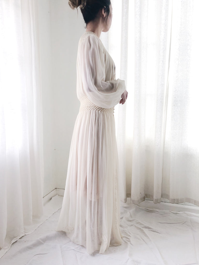 727ba435e9 ... 1930s Ivory Silk Smocked Dressing Gown - M ...