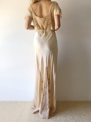 1930s Ivory Silk and Lace Gown - M