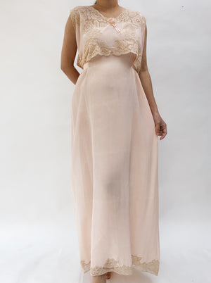 1920s Blush/Peach Silk Crepe Dress - M
