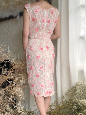 Vintage Lace Wiggle Appliqué Dress - S
