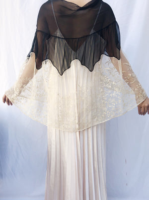 Antique Silk Lace Capelet - One Size