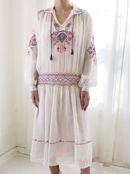 1920s Ivory Embroidered Peasant Dress - M