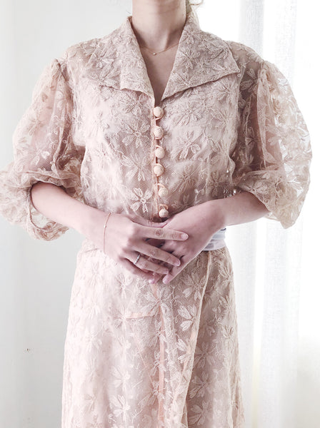 1930s Dusty Pink Lace Dressing Gown with Ribbon Ties - S
