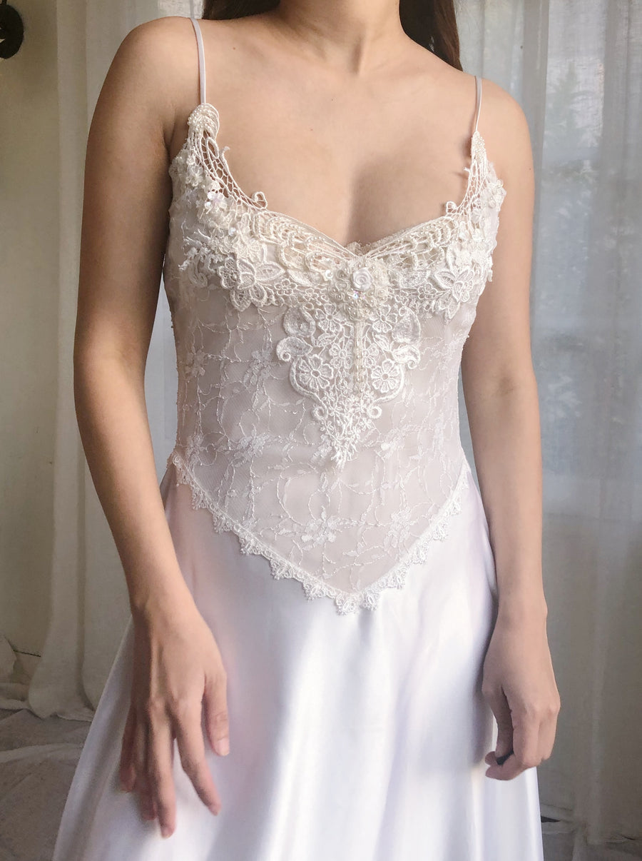 Vintage White Lace and Satin Negligee - XS/S