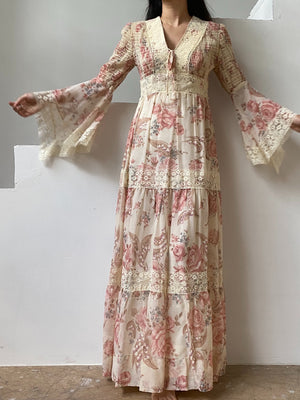 1970s Floral Angel Sleeves Maxi Dress - XS/S