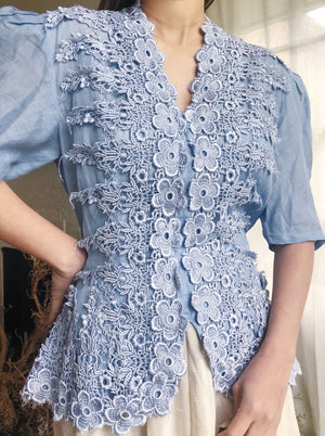Vintage Cornflower Blue Linen Appliqué Top - S/M